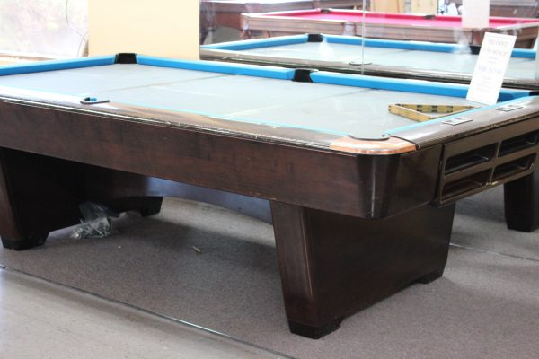 Pre-Owned Pro 8' Medalist by Brunswick